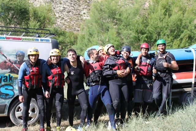 Asistentes al curso de guía de rafting